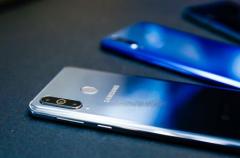 快人一步的三星Galaxy A8s开创全面屏新形态