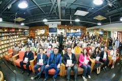 《中国医疗美容机构消费项目咨询手册》首发:读懂女性的美